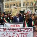 2017 05 11 emiliano con 100 sindaci a roma per chiedere incontro su tap a governo 1