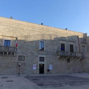 cutrofiano palazzo ducale1