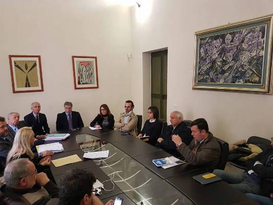 Regione, Provincia e Comuni promuoveranno un'iniziativa giudiziaria contro le trivelle